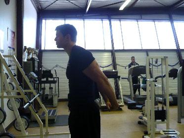 Exécution. Étirement des biceps (bras) 61e7fe74135