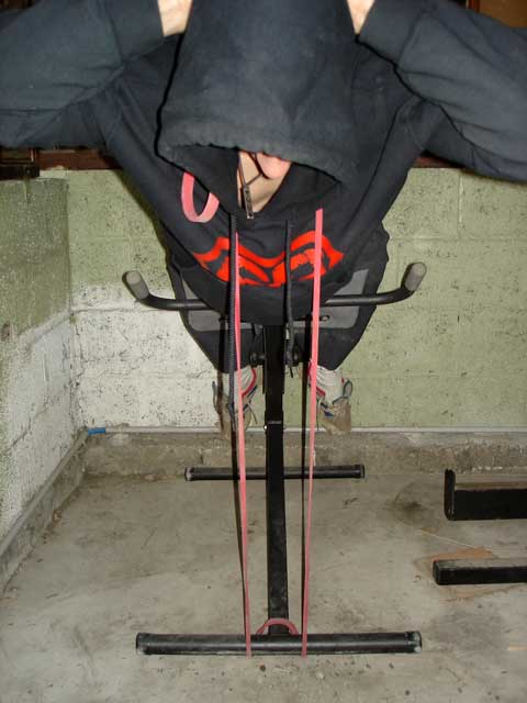 les bandes lastiques pour optimiser la musculation avec barres et halt res. Black Bedroom Furniture Sets. Home Design Ideas